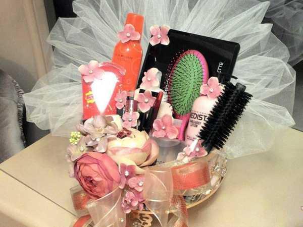 کادو عید نوروز برای عروس همراه با تزئین