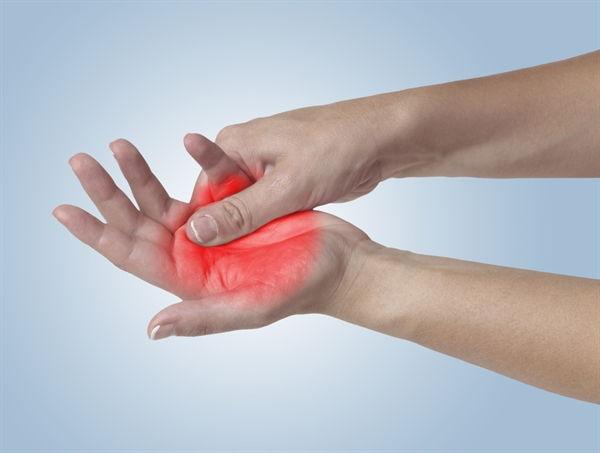 نوروپاتی چیست؟ | علل، علائم و درمان نوروپاتی محیطی