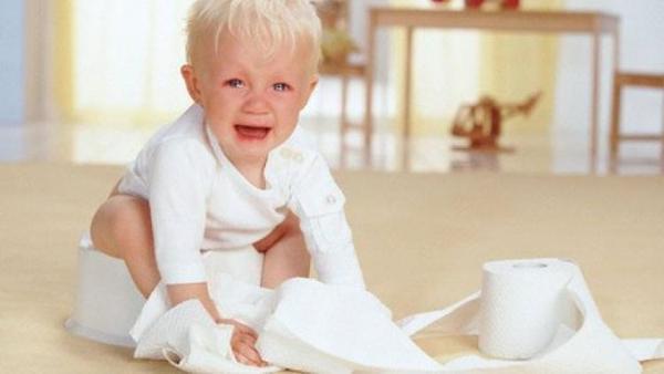 درمان یبوست نوزاد و علائم آن